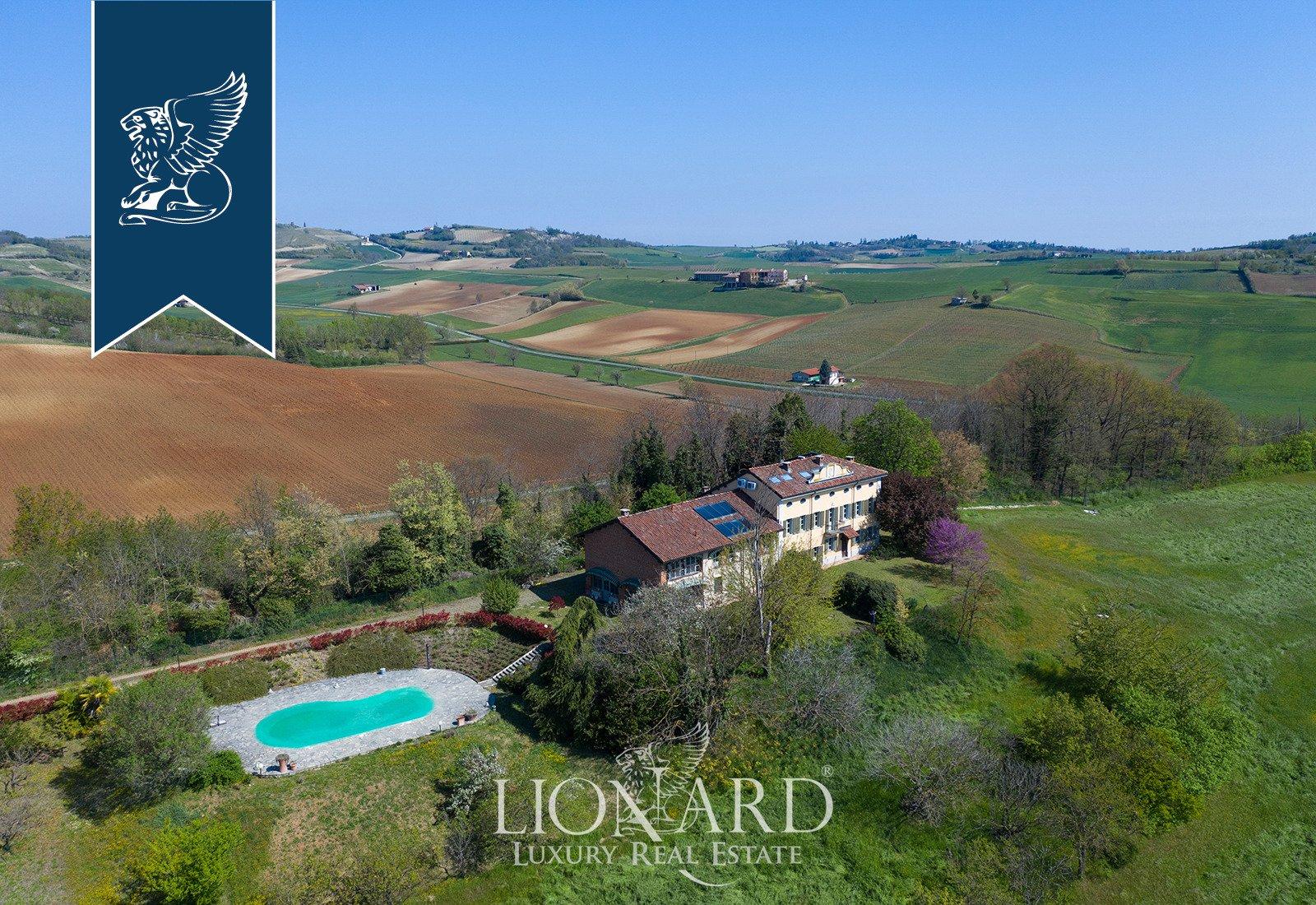 Villa in Cuccaro Monferrato, Piedmont, Italy 1