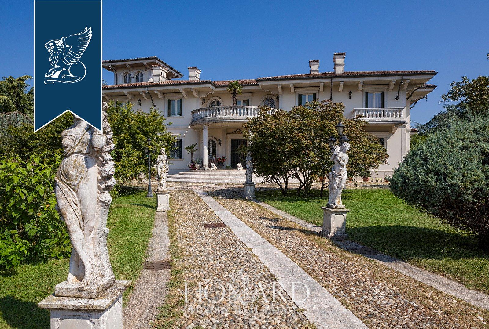 Villa in Castrezzato, Lombardy, Italy 1