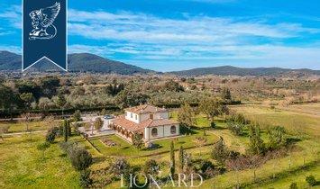 Villa in Bivio di Ravi, Tuscany, Italy 1