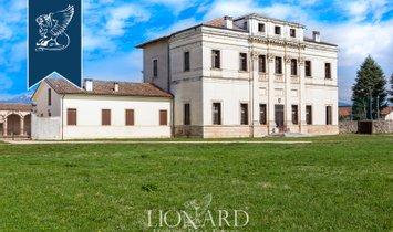 Villa in Malo, Veneto, Italy 1