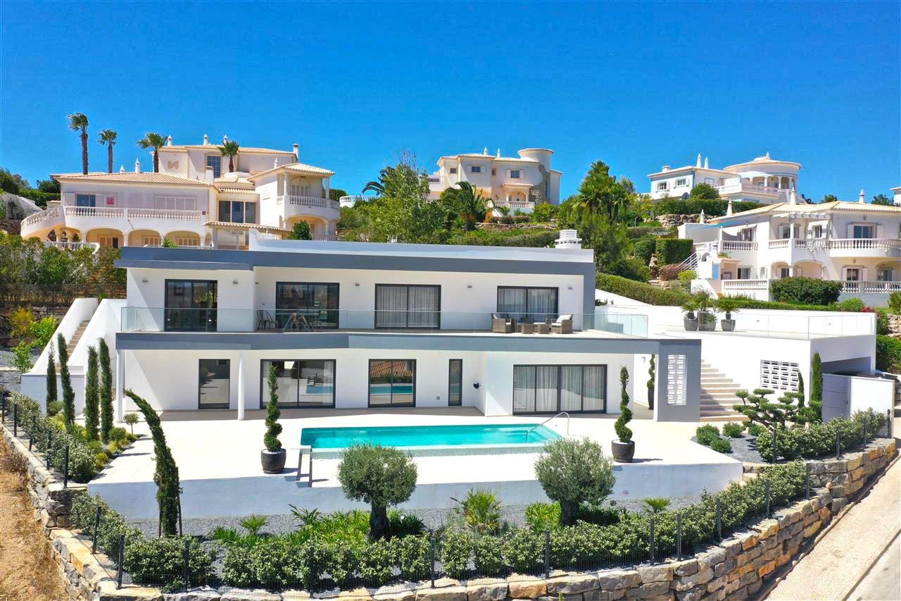 Villa in Budens, Algarve, Portugal 1