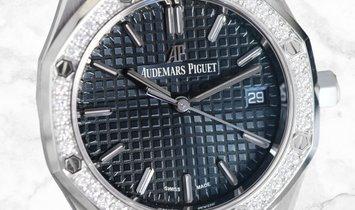 Audemars Piguet Royal Oak 77351ST.ZZ.1261ST.01 Stainless Steel Blue-Grey Dial Diamond Bezel