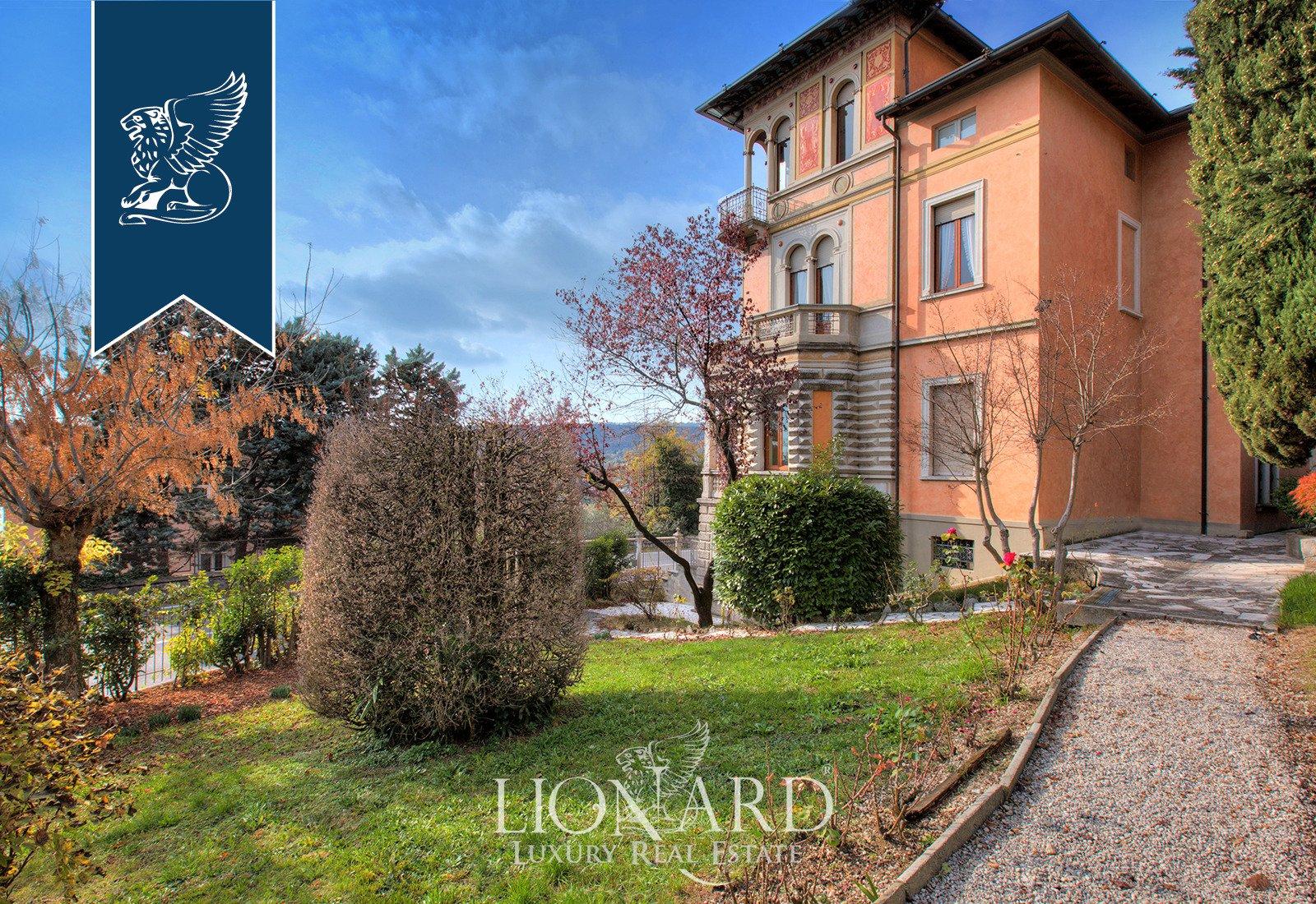 Villa in Salò, Lombardy, Italy 1