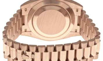 ROLEX DAY DATE 18KT ROSE GOLD REF 228235 OGRP