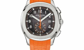 Patek Philippe 5968A-001 Aquanaut Stainless Steel 42mm