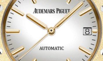 Audemars Piguet Royal Oak 15454BA.GG.1259BA.02 Frosted Yellow Gold Silver Toned Mirror Dial