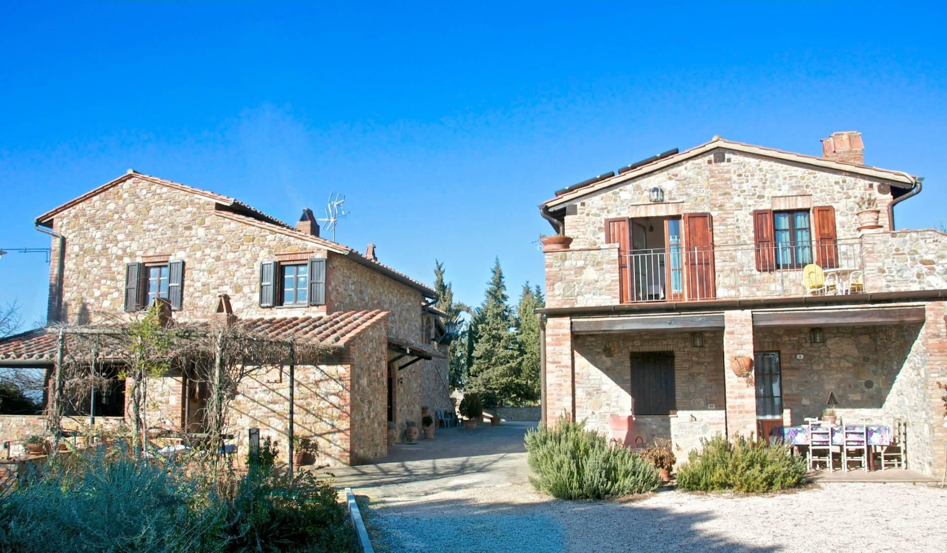 Farm Ranch in Umbria, Italy 1 - 11238359