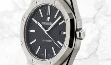 Audemars Piguet 15400ST.OO.1220ST.01 Royal Oak Stainless Steel Black Dial