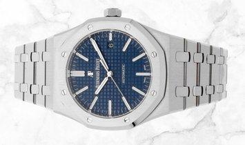 Audemars Piguet 15400ST.OO.1220ST.03 Royal Oak Stainless Steel Blue Dial