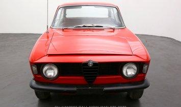 Alfa Romeo Giulia Sprint GT Stepnose