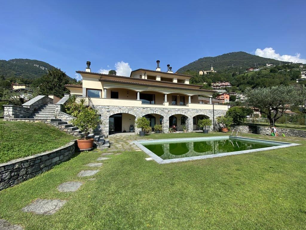 Villa in Vercana, Lombardy, Italy 1