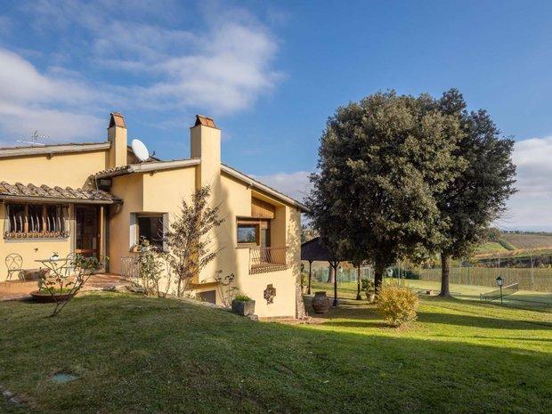 Country House in Cetona, Tuscany, Italy 1