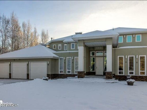 House in Anchorage, Alaska, United States 1