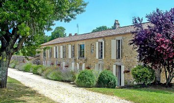 House in Gensac, Nouvelle-Aquitaine, France 1