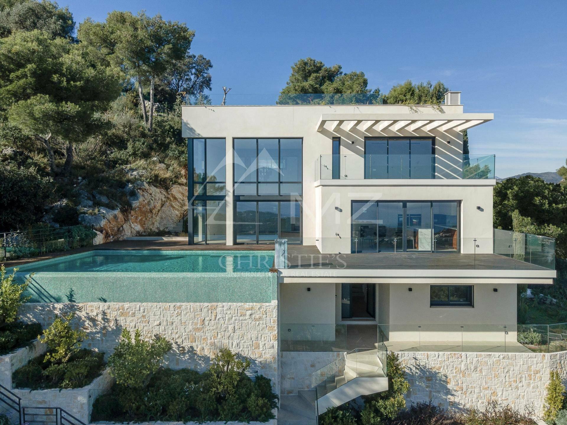 Villa in Villefranche-sur-Mer, Provence-Alpes-Côte d'Azur, France 1 - 11218448