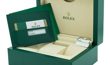 ROLEX OYSTER PERPETUAL SUBMARINER DATE 126610LN