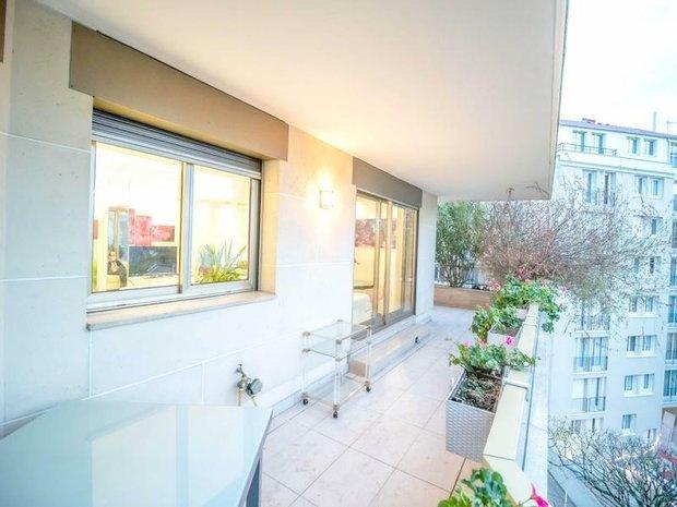 Apartment in Vincennes, Île-de-France, France 1