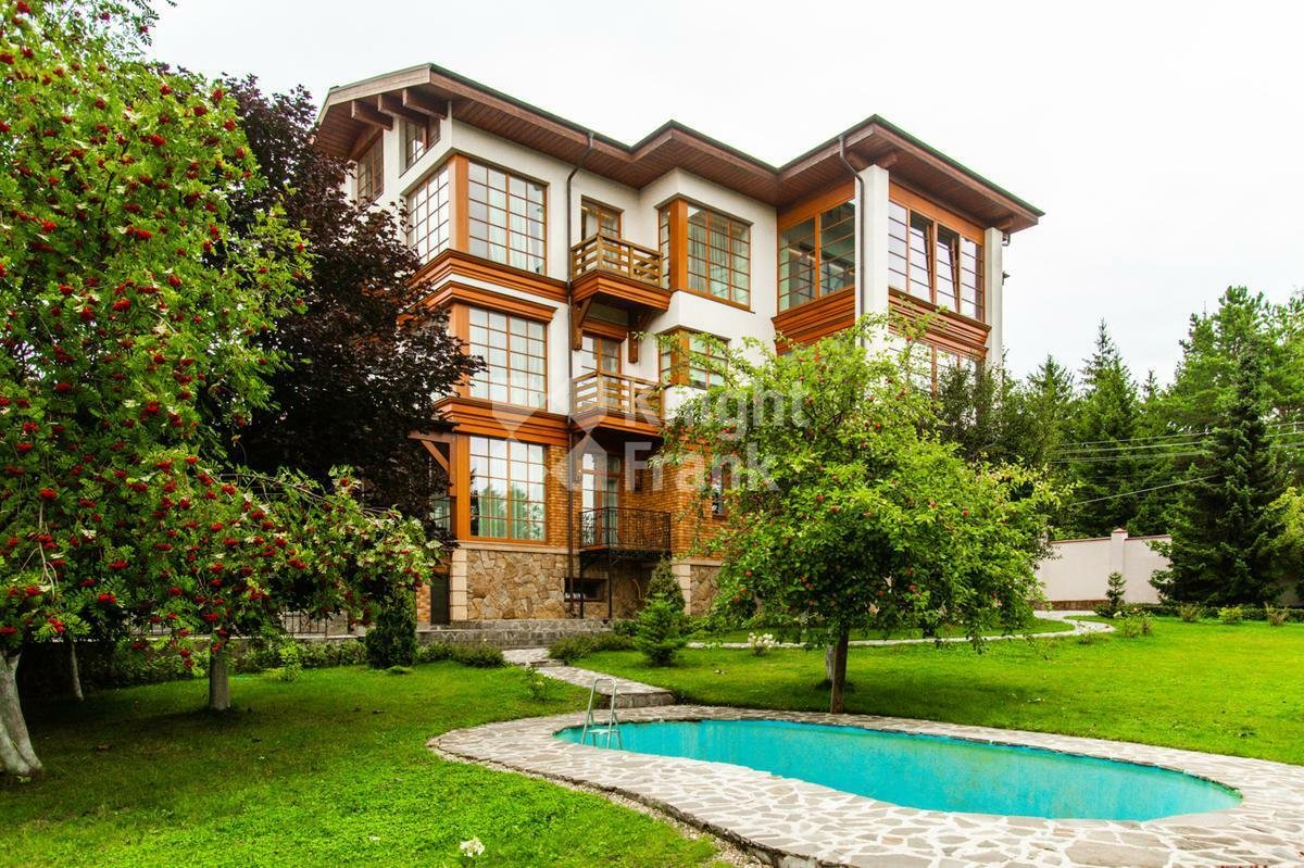 House in Gorki-2, Moscow, Russia 1 - 11247504