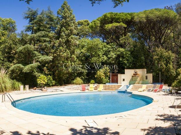 House in Hyères, Provence-Alpes-Côte d'Azur, France 1