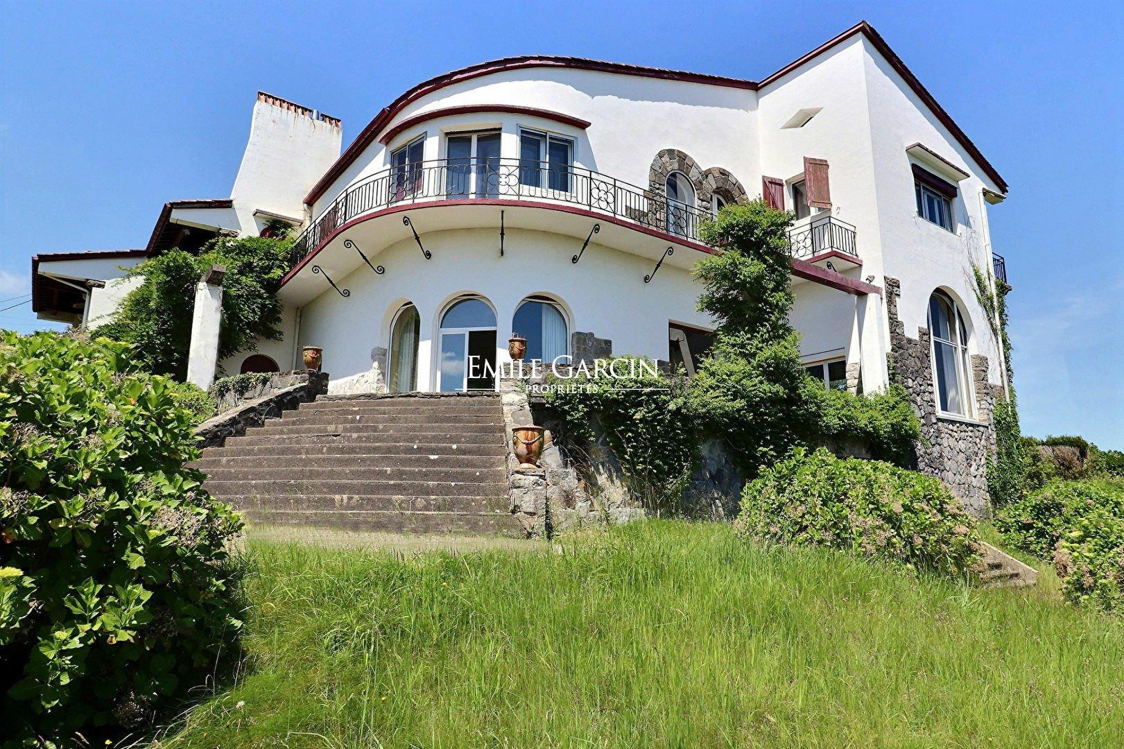House in Saint-Jean-de-Luz, Nouvelle-Aquitaine, France 1 - 10972183