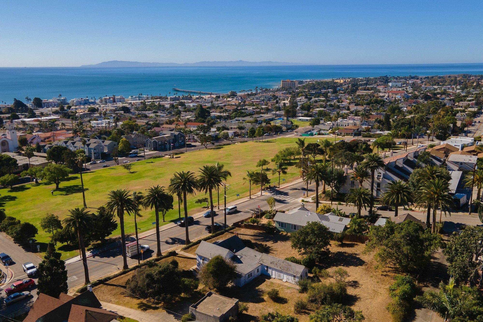 House in Ventura, California, United States 1 - 11250143