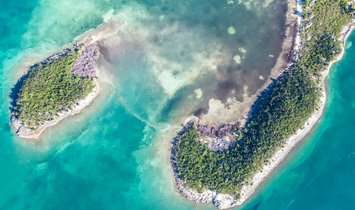 Land in Hope Town, Bahamas 1