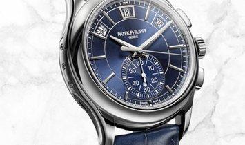 Patek Philippe Complications 5905P-001 Flyback Chronograph Annual Calendar Platinum Blue Dial
