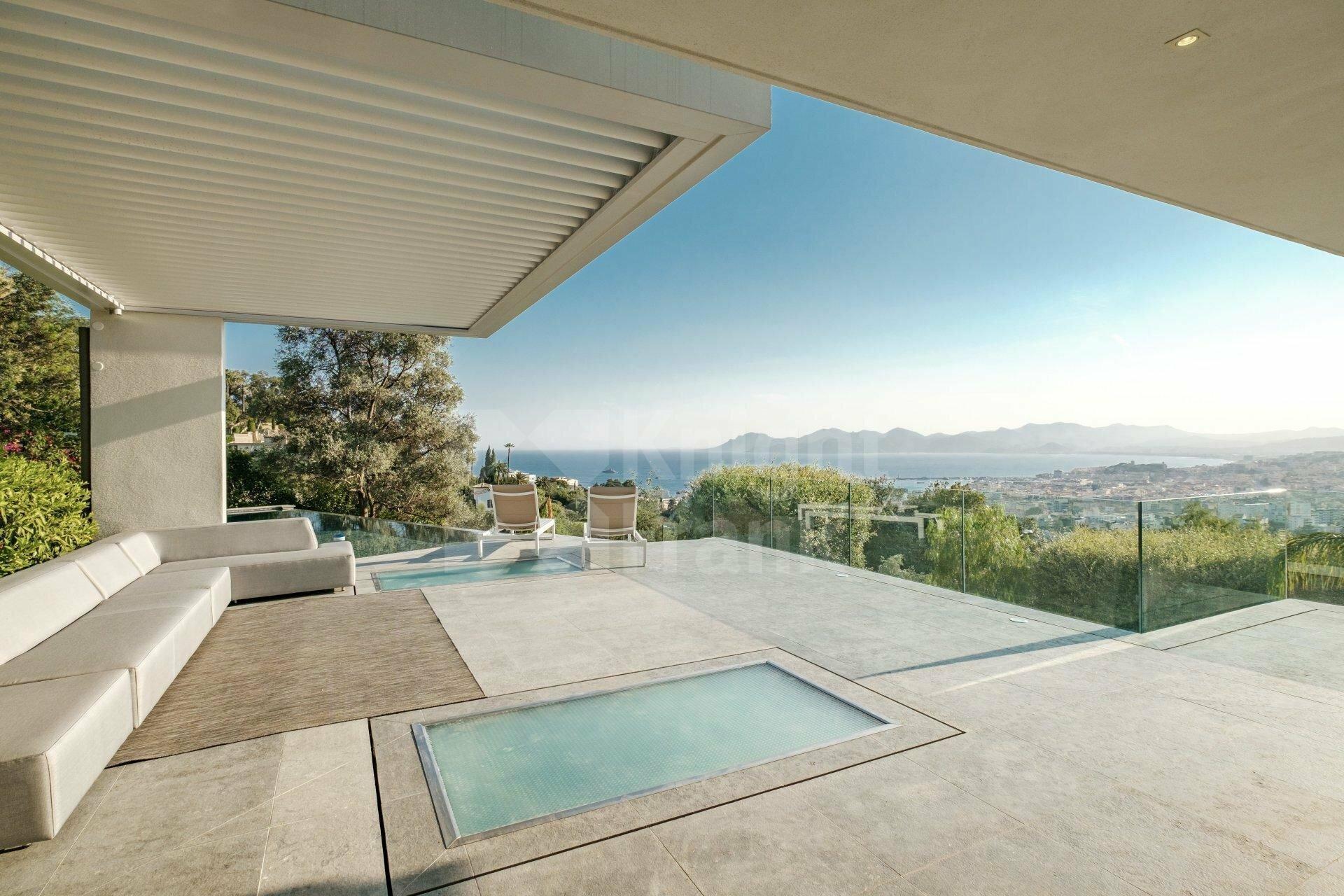 Villa in Cannes, Provence-Alpes-Côte d'Azur, France 1 - 11256498