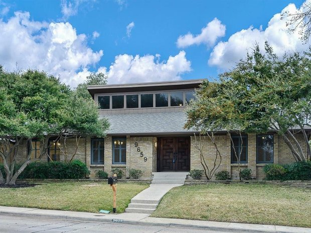 3 Bedrooms Single Family Detached In Dallas Tx United States For Sale 11257132