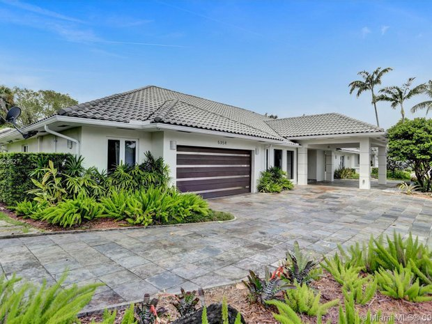 House in Doral, Florida, United States 1