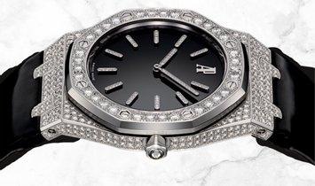 Audemars Piguet 15154BC.ZZ.D004CU.01 Royal Oak Tuxedo Entirely Set With Diamonds Black Dial