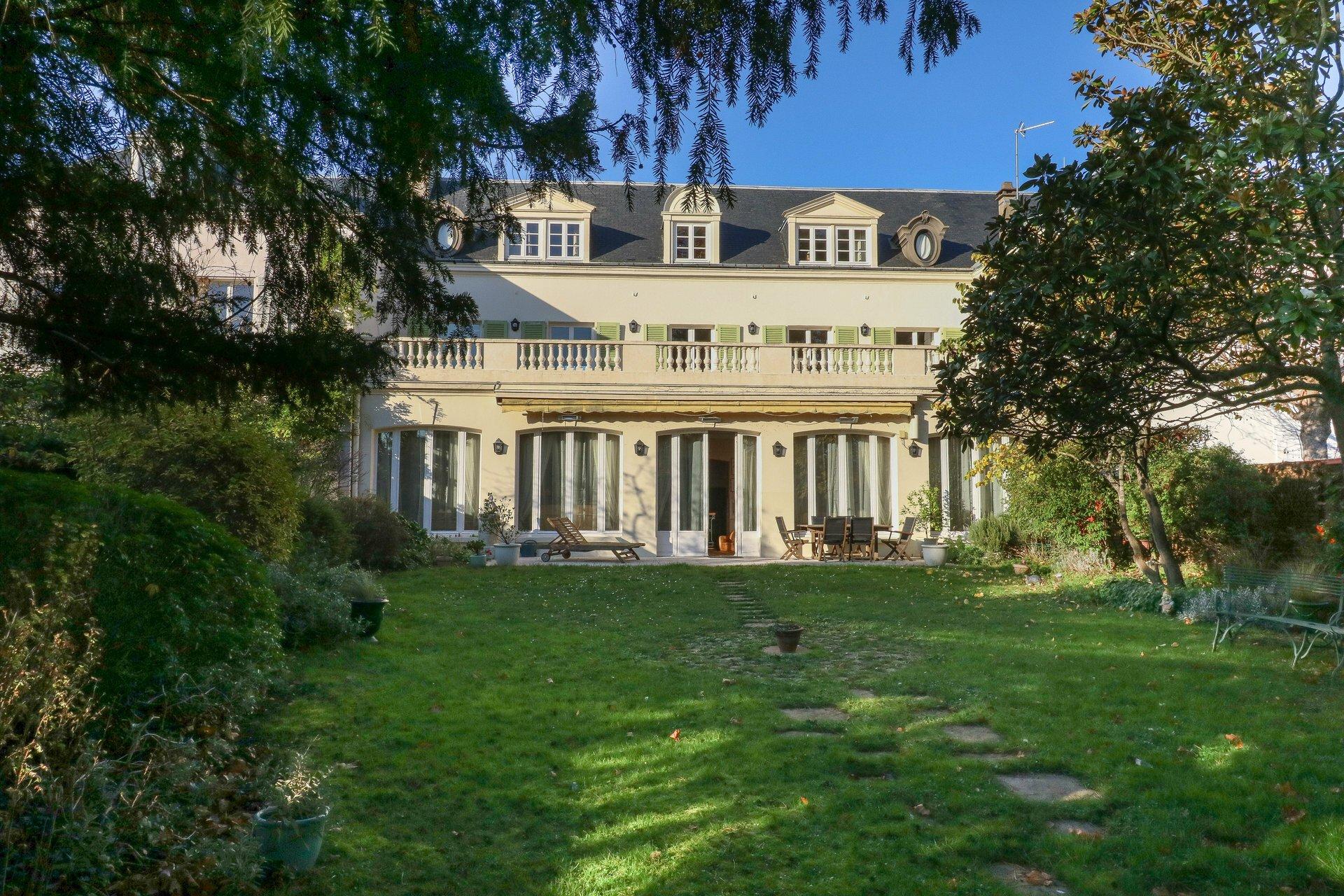 House in Le Pecq, Île-de-France, France 1