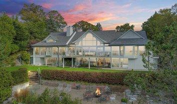 Huis in Wequetonsing, Michigan, Verenigde Staten 1