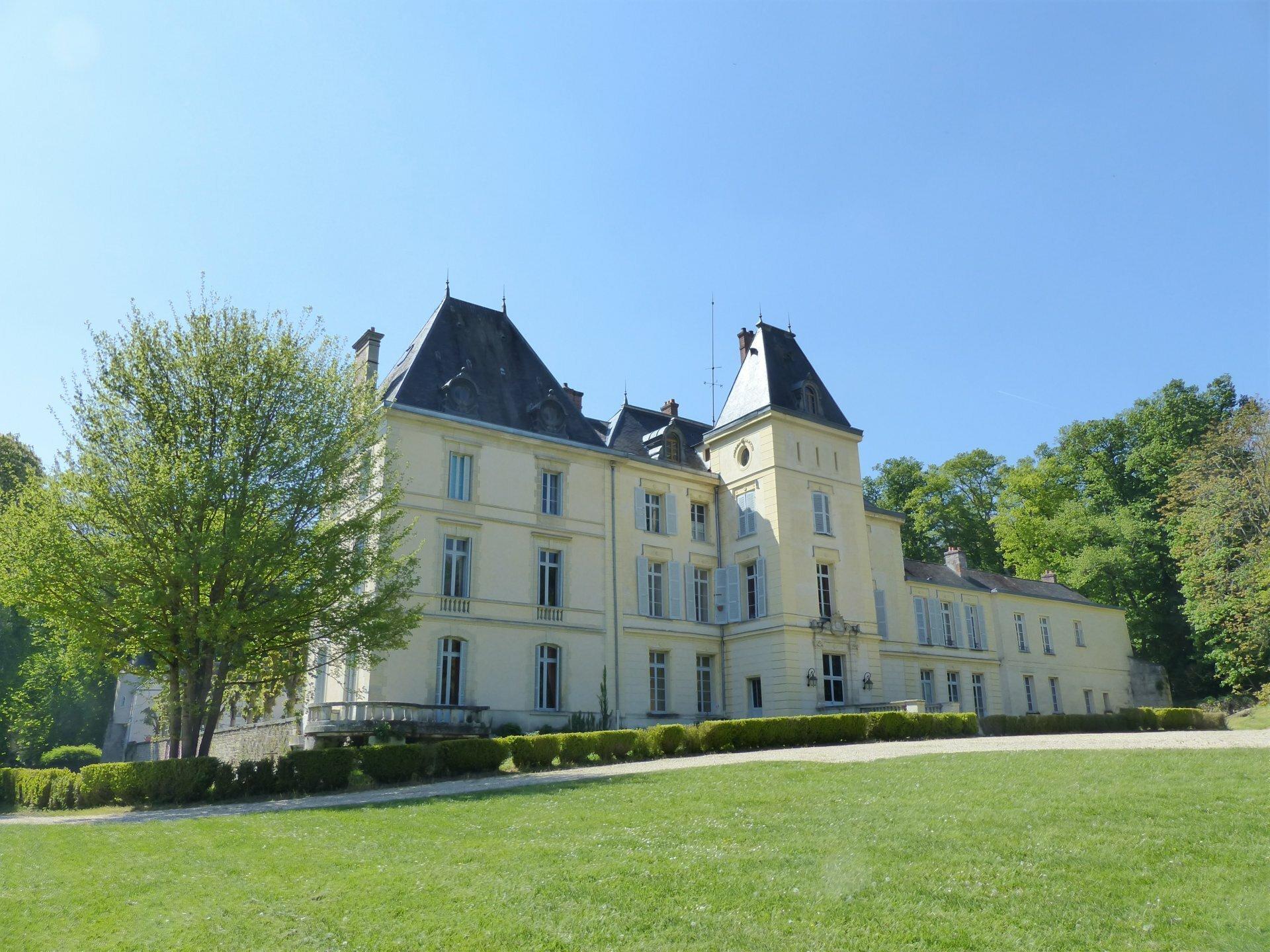 House in Milly-la-Forêt, Île-de-France, France 1