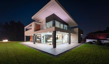 Дом в Mozzo, Ломбардия, Италия 1