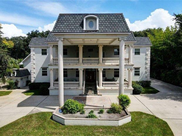 House in Belleair Bluffs, Florida, United States 1