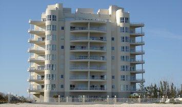 Condo in Freeport, Freeport, The Bahamas 1