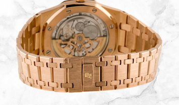 """Audemars Piguet 15202OR.OO.0944OR.01 Royal Oak """"Jumbo"""" Extra Thin 18K Rose Gold Silvered Dial"""