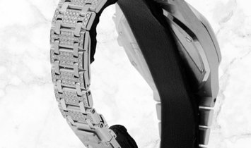 Audemars Piguet 25967BC.ZZ.1185BC.01 Royal Oak Chronograph Diamond Set 18K White Gold Silvered Dial