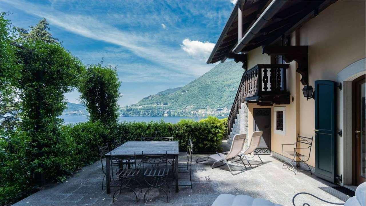 Villa in Torno, Lombardy, Lombardy, Italy 1