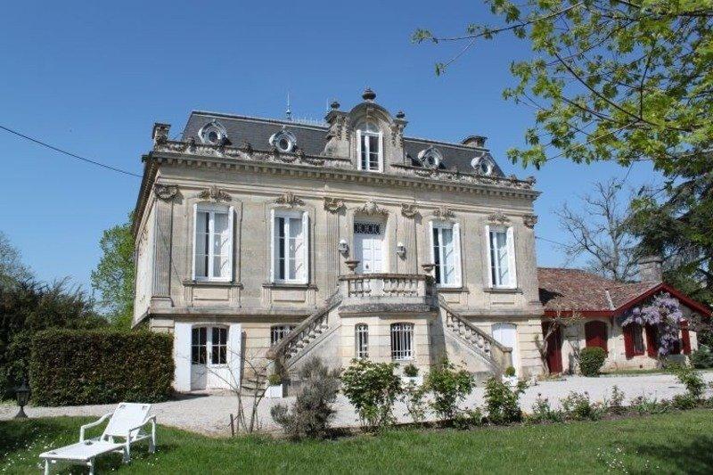 Castle in Margaux-Cantenac, Nouvelle-Aquitaine, France 1 - 11271182