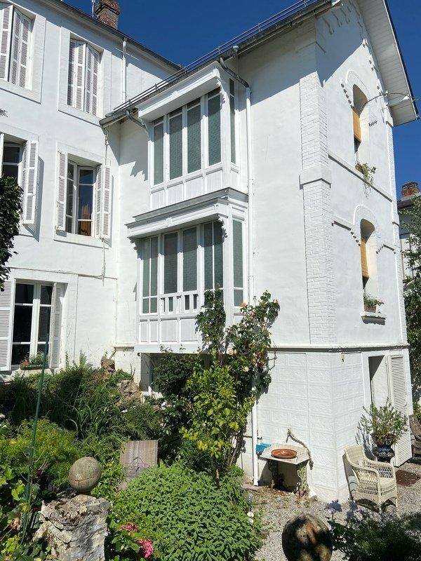 House in Bagnères-de-Bigorre, Occitanie, France 1 - 11271176