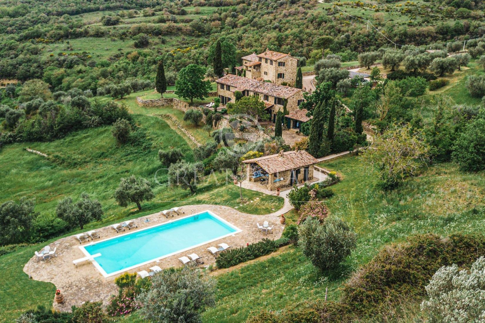 Estate in Passignano sul Trasimeno, Umbria, Italy 1 - 11274275