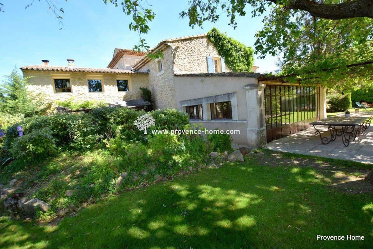 House in L'Isle-sur-la-Sorgue, Provence-Alpes-Côte d'Azur, France 1