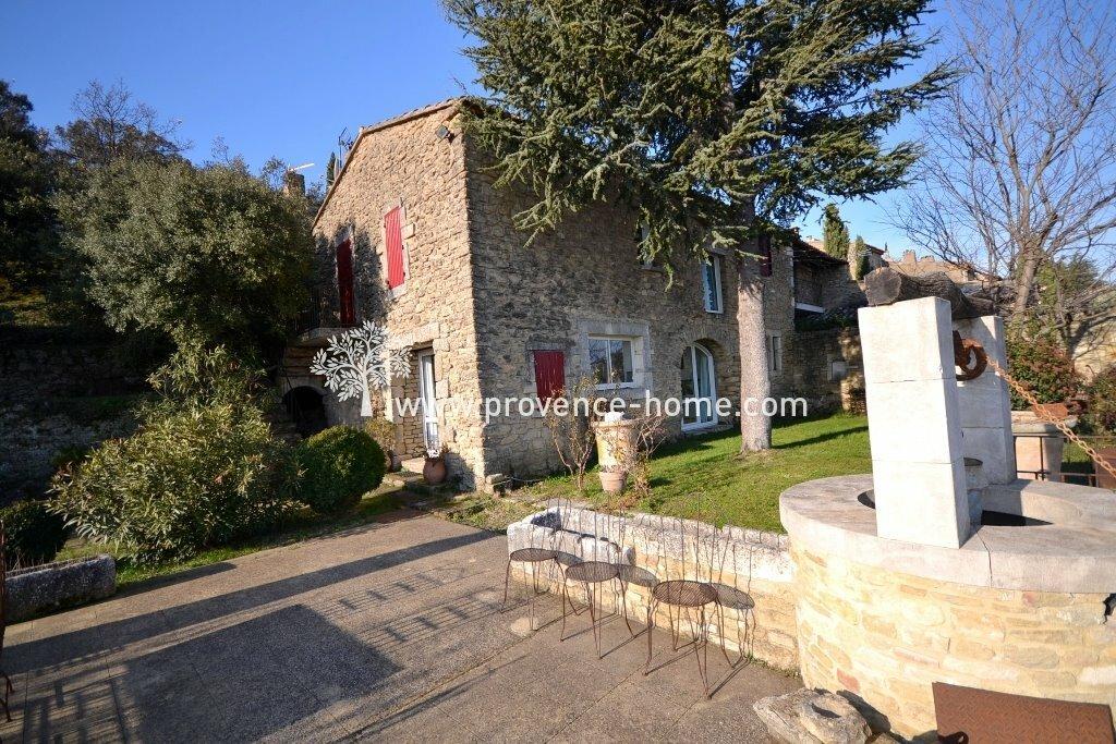 House in Maubec, Provence-Alpes-Côte d'Azur, France 1