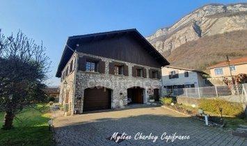 Maison à Crolles, Auvergne-Rhône-Alpes, France 1