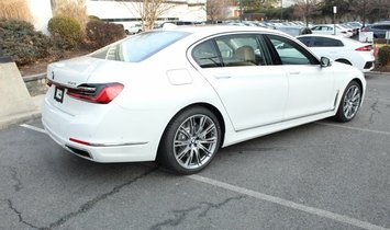 BMW 7 Series 750i xDrive