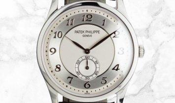 Patek Philippe Calatrava 5196P-001 Small Seconds Platinum with Silvery Gray Dial