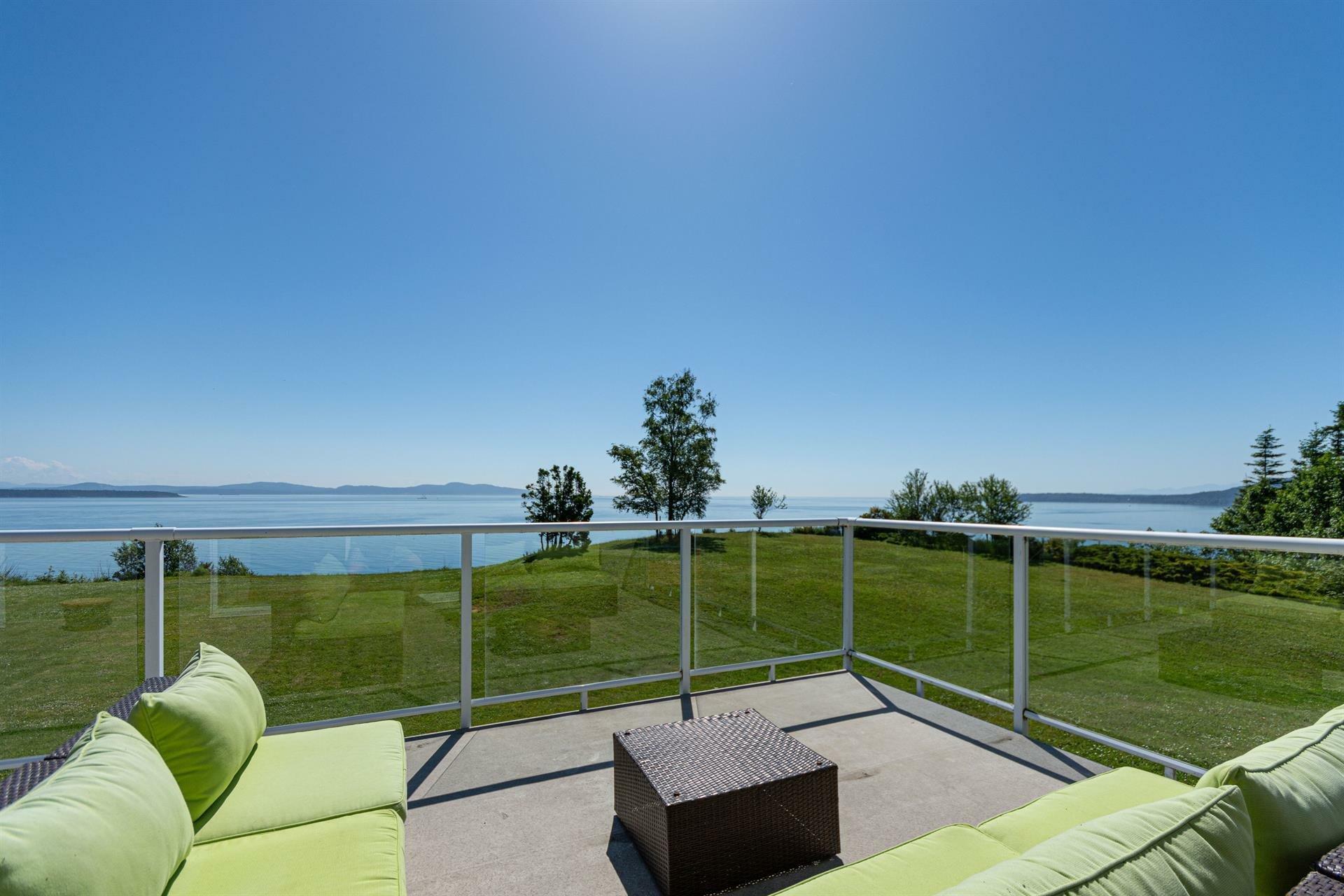 House in Saanichton, British Columbia, Canada 1