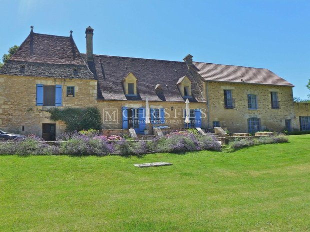 House in Domme, Nouvelle-Aquitaine, France 1